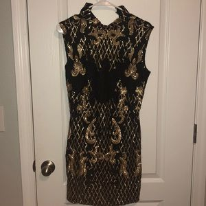 Black and gold dress. Perfect for NYE